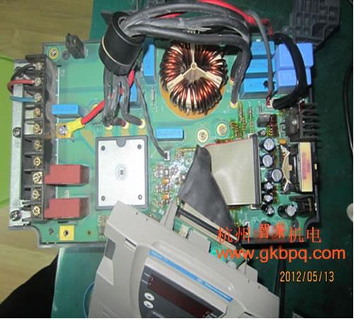 施耐德变频器atv31维修